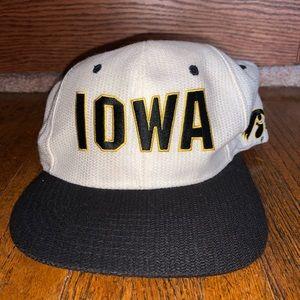 Vintage Iowa Hawkeyes Snapback